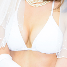 元ナースのグラドル・柏木美里がウェディング風ビキニでラストイベント!! 結婚引退の可能性は…?
