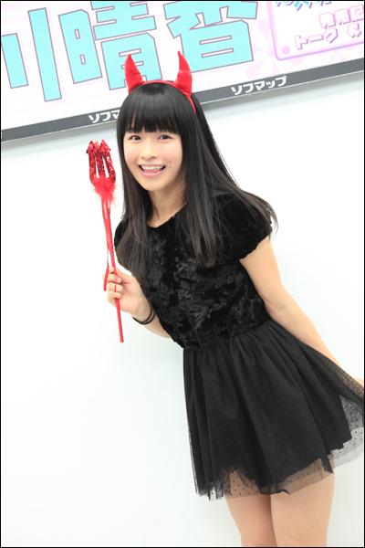 01.MOMOKAWA.jpg