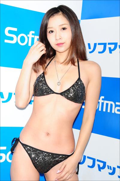 01210yosizawa_main02.jpg