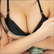 """小島みゆ、マネージャーNGのオープンブラ水着に挑戦! 最新イメージDVDで""""大人セクシー"""""""
