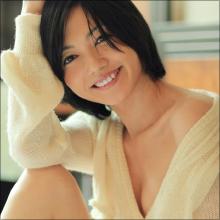 """再ブレイク秒読み段階? 遠藤久美子、約5年ぶりのグラビアで""""大人の女性""""の魅力を発揮"""