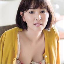 コント番組で人気の若手女優・石橋杏奈、大人の色気で視聴者を魅了!