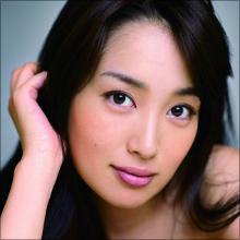 凛とした美しさを持つ若手女優・高梨臨、朝ドラブレイクでドラマにCMに大活躍!