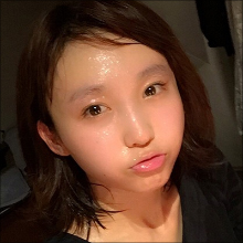 「まるで女子高生」吉木りさのスッピン写真に反響、自虐コメントも大ウケでファン増加