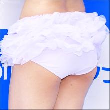スレンダー系グラドル・河村美咲、初めて変形水着! 「自分で言うのもなんですが、結構セクシーな感じです」