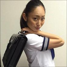 セーラー服姿、恋人との共演でさえ叩かれる安藤美姫、実はタレントに向いている!?