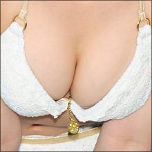 『ミスアクション2013』森実咲、高校を卒業してオッパイがEカップにサイズアップしちゃった!?