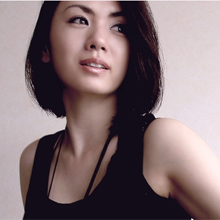 小島可奈子、産後初のビキニ姿を披露! 泉谷しげるの愛人疑惑も堂々の美乳で視聴者を魅了