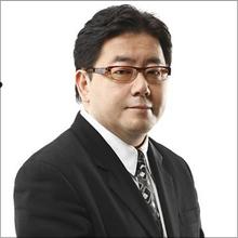 秋元康、AKB新グループ構想を明かす一方で「引退」におわせる発言…時代の寵児が選んだ引き際のタイミング