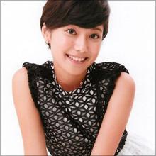 背中丸出しセクシー衣装! TBS小林由未子アナが報道番組で華麗なダンシング