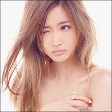"""""""表現者""""紗栄子セミヌード写真集発売も「いったい何がしたいの?」の声"""