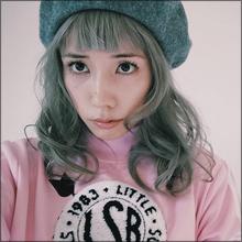 """「女版・志茂田景樹」と呼ばれる仲里依紗、話題の銀髪スタイルで""""脱・ファッションブス""""なるか"""