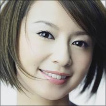 劣化説吹き荒れる鈴木亜美、熱狂的ファンの後押しに応えられるか