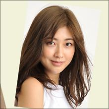Berryz工房・熊井友理奈、パリコレドレス姿に拍手喝采! アイドル界の快挙に期待
