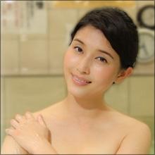 """橋本マナミ、タオル1枚で銭湯に…""""裸の付き合い""""がテーマの刺激的すぎる異色バラエティ"""