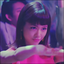 桐谷美玲、初ボディコンで田中美奈子と美脚対決も…細すぎるスタイルには違和感