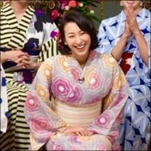 浅田舞、浴衣でも爆乳! 隠し切れない豊満バストにファンも大興奮