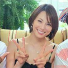 米倉涼子、サップヨガでしなやかボディ披露! セクシーショットで視聴者を虜に