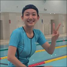 若手人気女優・吉岡里帆、スポーティーな水着で細巨乳ボディ披露!
