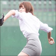 稲村亜美、ローションまみれのセクシーハプニング! むっちりボディと高い運動能力で話題に