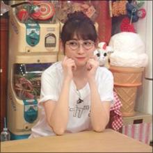 小嶋陽菜、ウーマン・村本にマジ切れ!? おっぱい攻撃と生足タッチにドン引き