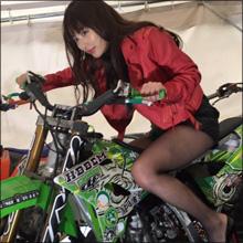 """美ヒップ女優・内田理央、ほどよい肉づきの下半身は""""アミ""""との相性抜群!?"""