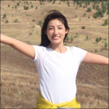 ミステリーハンター・大杉亜依里、美ヒップあらわなビキニショットに興奮の声