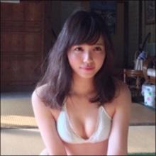ぷにぷにボディに熱視線! 相撲好きアイドル・山根千佳、水着グラビアでファン層拡大中