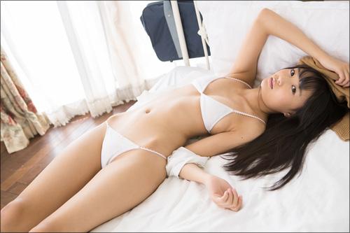 最高にスク水が似合う妹系アイドル・西野花恋! オトコのスイッチを入れる過激ショット連発の画像5