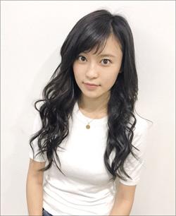 「おチチを強調したがる」小島瑠璃子、15歳当時の完璧ボディにファンも驚きの画像1