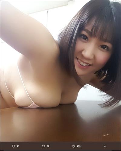 【SNSセクシー】ド迫力のおっぱいショット!の画像1