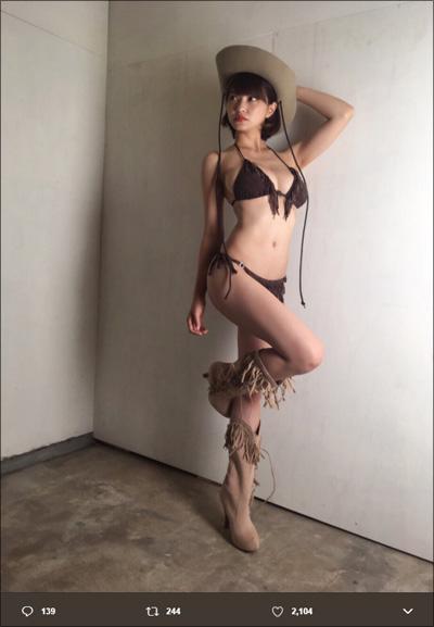 【SNSセクシー】露出度高めのコスプレ風ショット!の画像2