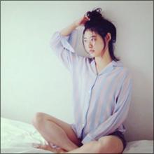 瀧本美織、公式カレンダーで艶っぽい姿! メイキング映像では真っ白な美脚を大胆露出