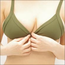 「パッと見、裸(笑)」軟乳グラドル・橘花凛、最新DVDで完全にレースの変形水着!