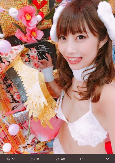 鈴木ふみ奈・橋本梨菜…スタイル抜群美女による過激で可愛い今年の干支コス!の画像4