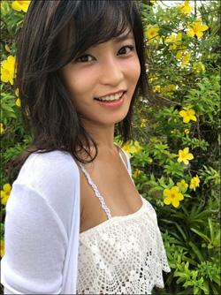 小島瑠璃子、「エロくて可愛いとか、やっぱり最強」な最新グラビア! テレビでは見せない艶っぽい表情にグッとくるファン続出の画像1