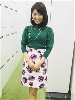 お天気キャスター・久保井朝美、清楚系セクシー衣装で男心鷲づかみ!の画像1