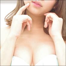 「私って、なにをやってもセクシーにならないんです」西崎莉麻、ちょっと気を抜いた(!?)素の表情満載の4thイメージ作品