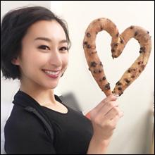 浅田舞、ピチピチの着衣巨乳! 連日のテレビ出演にファン歓喜