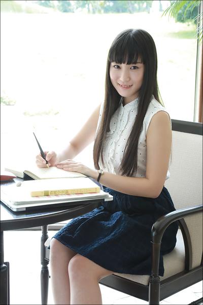 リケジョグラドル・片瀬美月、Gカップボディで先輩を誘惑! 欲望のままに乱れまくる最新DVDの画像2