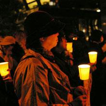 チェルノブイリから25年 経産省と東電前でも抗議デモ しかしマスコミの姿はまばら