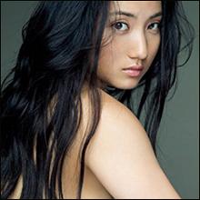 「ついに脱いだ!」紗綾の全裸ショットにファン騒然…過去最高の露出に高まる期待