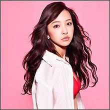 板野友美、中国映画で主演! 活発化する女優業と並行するアーティスト活動で定まらない方向性
