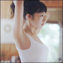 「ブラトップ」CM抜擢の森絵梨佳、美しすぎる胸元に男性視聴者の目がクギづけ