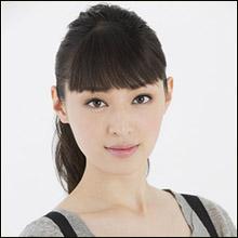 栗山千明、背中ぱっくりの大胆ドレス披露…ネット上では「顔の変化」に熱視線?