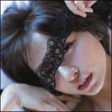 篠田麻里子、写真集ランキング1位で証明した根強い人気…「麻里子様」封印で謙虚さにも高評価