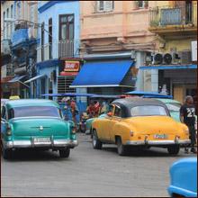 【世界一周エロ旅】兄妹・姉妹で組んで客引きする素人感満載のキューバ人の立ちんぼ嬢とセックス