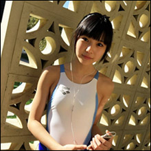 「次世代の最強美少女」放プリユース・堀井仁菜、フレッシュな水着姿にファン歓喜! 初写真集リリース決定で高まる期待
