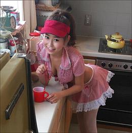褐色の横乳プリンセス・十枝梨菜、しなやかS字ポーズで進化した美ボディを魅せつけるの画像1