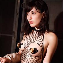 おっぱいの頂に黄金の花咲く! 金子智美、別次元のエロスでFカップ巨乳を魅せつける